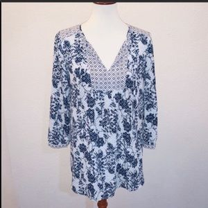 NYDJ Printed Blue and White Tunic Size XS